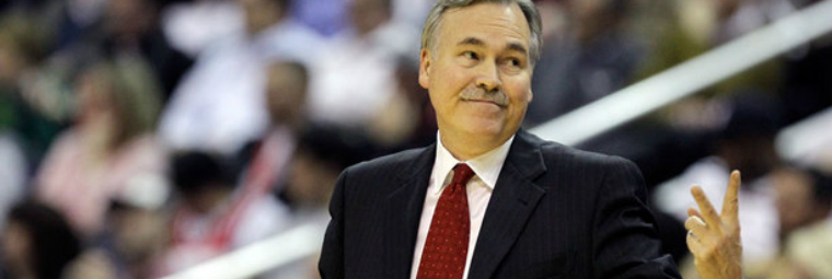 Mike D'Antoni é o novo técnico do LA Lakers