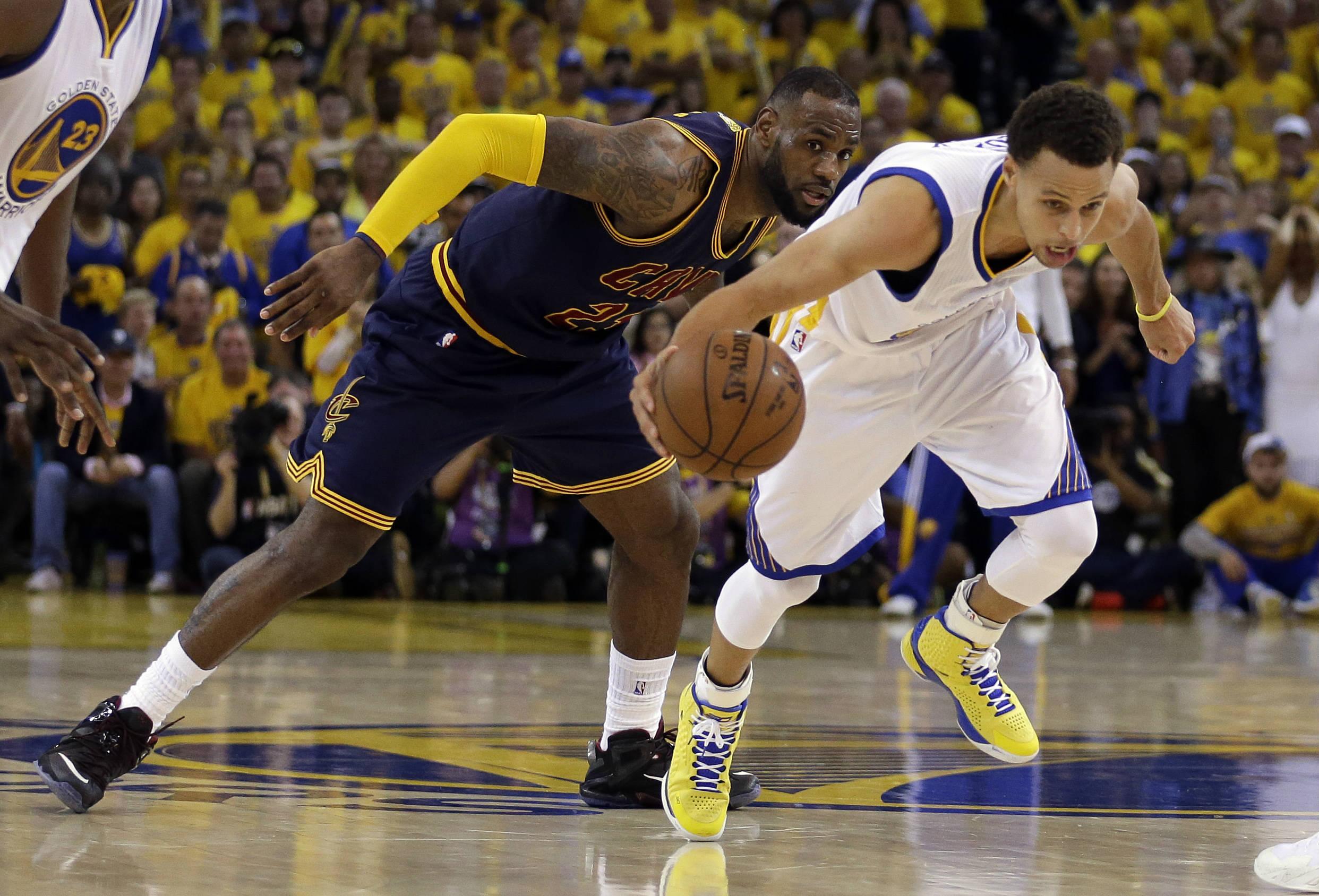 🔒 A luta de LeBron para parar Curry