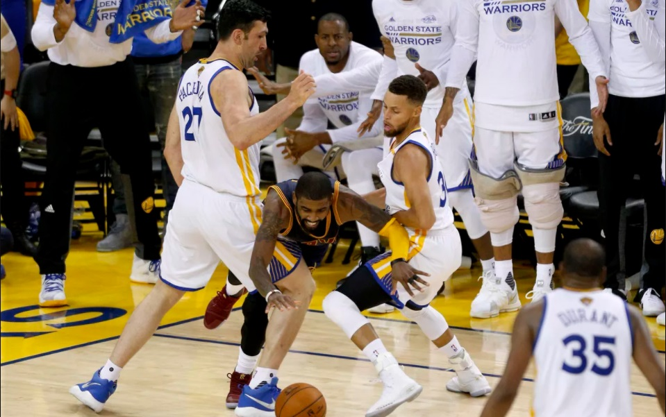Image result for game 2 nba finals 2017